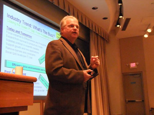 StorageIO Presenting, Greg Schulz
